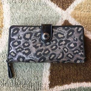 COACH glitter cheetah wallet